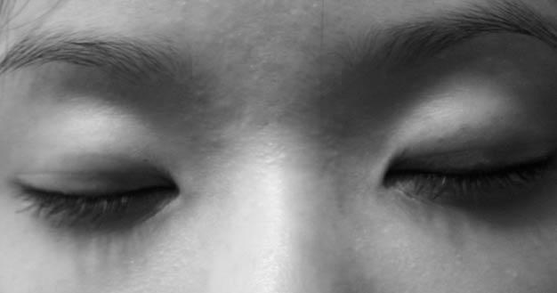 eyes_closed_small-751140